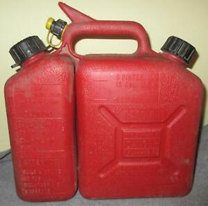 Vintage Chainsaw Gas Can W 150 Wedco 1 5 Gallon Vented Chain Oil Dual Spout