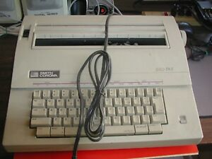 Smith Corona Electric Typewriter 240 Dle Model 5a