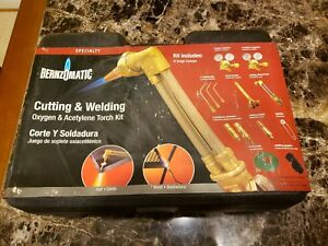 Bernzomatic Oxygen Acetylene Cutting And Welding Torch Kit new Mo 0a4000kb