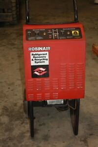 Robinair Refrigerant Recovery Recycling Machine 17400a
