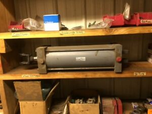 Miller Pneumatic Cylinder Series A 6 Bore 15 5 Stroke 250 Psi