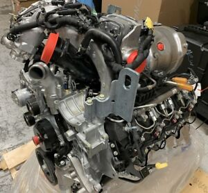 Brand New 2017 Chevy Gmc 6 6l Duramax L5p Complete Turbo Diesel Engine