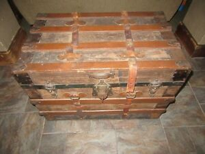 Vintage Steamer Trunk Rare Find Pick Up Only 11782