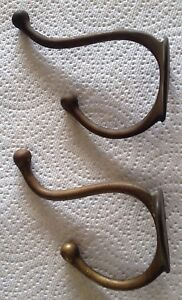 Lot Of 2 Vintage Antique Brass Clothes Hooks Hangers Triangle Mounting Bracket