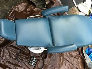 Dental Ez Office Tattoo Parlor Barber Chair Doctor Beauty Salon have 3 Chairs