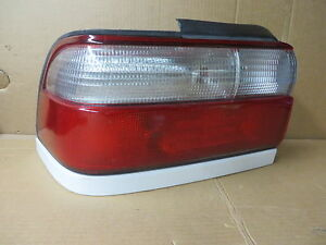 Toyota Corolla 96 97 1996 1997 Tail Light Driver Left Lh White Trim Oem