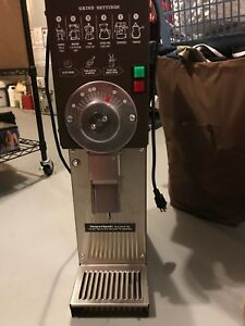 Grindmaster 890 Coffee Grinder Great Condition Very Lightly Used