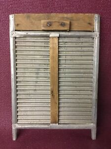 Primitive Vintage Galvanized Steel And Wooden Washboard 18 X 12 1 2 X 1 2