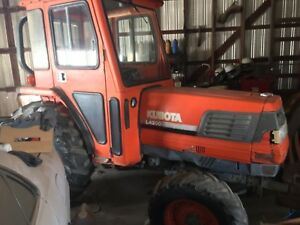 Kubota L4200 Tractor With Cab For Sale 4x4 With Low Hours Less Than 1900