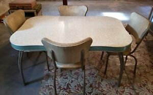 Vintage 1950 S Tan Formica Dinette Kitchen Table 4 Chairs Set