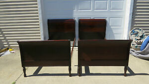 Pair Vintage Twin Beds Mahogany Sleigh Nice Pair To Paint