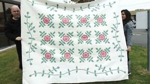 Antique Flower Applique Quilt Hand Stitched 90 X 72 Tiny Stitches Estate Find