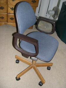 Alba Ergonomic Chair Very Adjustable Excellent Cond Great For Computer Users