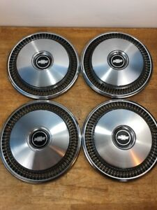 Vintage 1970 1980 14 Chevrolet Chevy Hubcaps Set Of 4 Very Nice Condition
