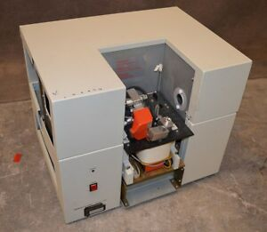 Perkin elmer Zeeman 5100 Atomic Absorption Spectrometer for Parts repair Pe