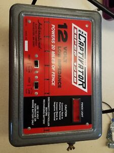 The Captivator Super 1200 12v Battery dc Powered Electric Fence 20 Miles