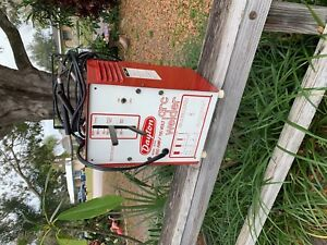 Vintage Dayton Welder Model 3z744 100 Amp 115 Volt Welding Machine