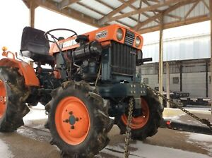 Kubota B7000 Fwa Compact Tractor 3 Point Hitch 2 Cylinder 18hp Diesel