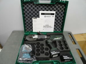 Greenlee Esc85l Esc85l11 18 Volt Hydraulic Cable Cutter W batteries charger