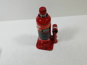 Torin Big Red Hydraulic Bottle Jack 6 Ton Capacity Missing 2 Bars