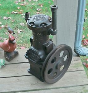 Vintage Quincy Compressor Co Suction Pump Works Great Lawn Ornament