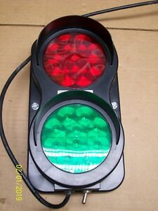4front Engineered Solutions Dock Traffic Control Light 115vac 6008599