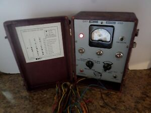 B k Cathode Rejuvenator Tester With Leather Case Crt Model 350