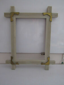 Vintage Adirondack Style Wood Picture Frame Gold Painted Corner Accents