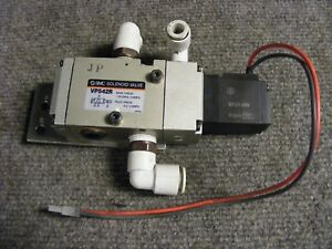 Smc Pneumatic Solenoid Valve 21 26 Vdc Cat Vp542r