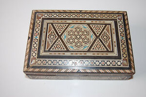 Antique Beautiful Micro Msaic Persian Marquetry Inlay Hinged Box Khatam Kari
