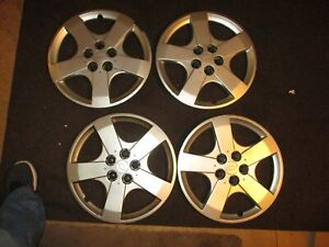2000 2005 Chevrolet Cavalier 15 Hubcap Wheelcover Set Of 4 Oem Hub Caps 04 05