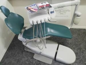 A dec 511 Dental Chair W Radius Delivery Satelec Scaler Assistants Package