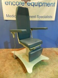 Umf Model 8678 Powered Ent procedural Chair With Hand Controller