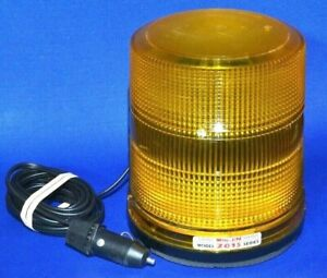 Large Whelen Mdl 2015 Hpm Magnetic Bright Amber Beacon