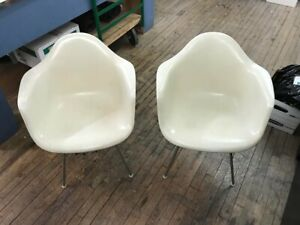 Pair Pair Of Eames Chairs From 1959 Made At Herman Miller Company