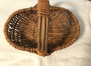 Small 11 Antique Vintage Woven Twigs Splint Gathering Basket Kidney Buttock
