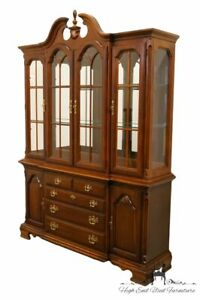 Lexington Furniture Cherry 62 Buffet W Lighted Display China Cabinet 490