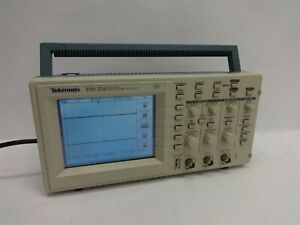 Tektronix Tds 210 Two channel Digital Real time Oscilloscope Working