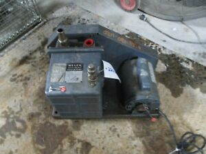 Welch Duo seal Vacuum Pump Mod 1402 Ge 1 2 Hp Motor 2201007c used