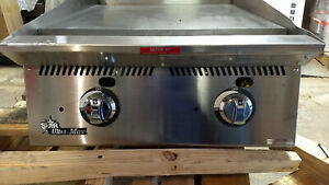 Star 824ma Ultra max 24in Manual Gas Griddle New Scratch dent