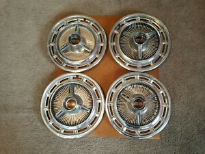 Chevrolet Ss Spinner Hub Caps 14 Set Of 4 Chevy Hubcaps 1965 1966 1967