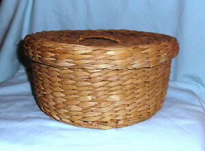 Sewing Basket Antique Woven Straw Fitted Lid 8 1 2 Across X 4 1 4 High