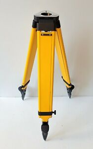 Survey Equipment Wooden Fibre Coated Tripod For Theodolite Heavy Duty Stand