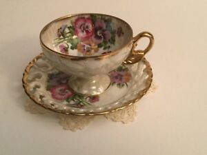 Vintage Royal Sealy English Bone China Teacup Saucer Irridescent Pansies Lacy