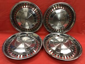 Vintage Set Of 4 1975 77 Oldsmobile 15 Hubcaps Cutlass Others Good Condition