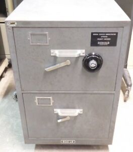 Diebold Fire Safe Filing Cabinet Model 22 63 600 Lbs 2 Drawer S g Dial On Cart