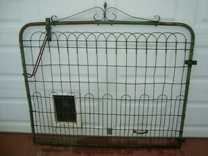Vtg Antique Garden Gate Twisted Fence Wire Cottage 5 Ft Wide Green 53 Tall