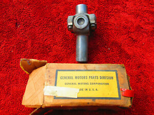 Nos 1940 1954 3 Speed Car 1 2 Ton Truck Gm Chevrolet Universal Joint 591642