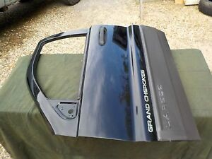 99 04 Jeep Grand Cherokee Laredo Black Drivers Left Front Door Bare Shell Wj1
