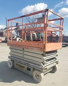 Skyjack Sj4626 26 foot Scissor Lift
